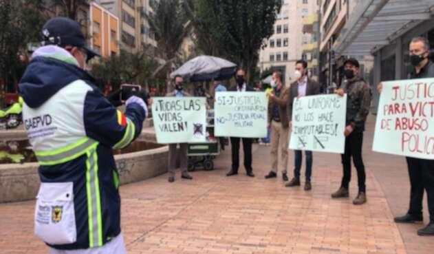 Protestas en la Avenida Jiménez en rechazo a la muerte del abogado