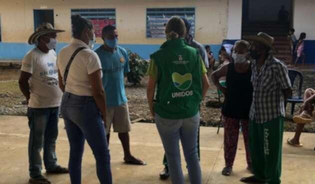 Acompañamiento a los desplazados en Cáceres, Antioquia.