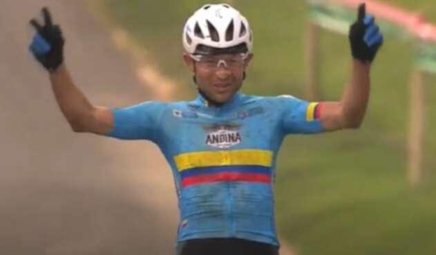 Héctor Leonardo Páez, ciclista colombiano