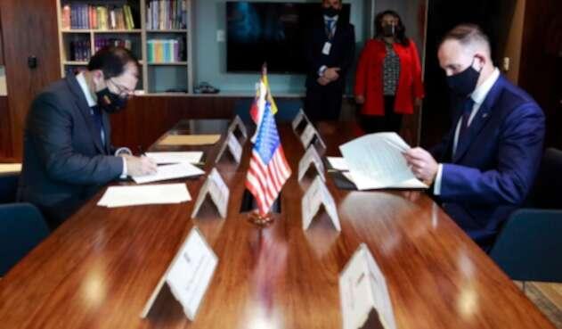 Fiscal general y Embajador de EE.UU