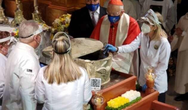 Exhumación de los restos del Dr. José Gregorio Hernández