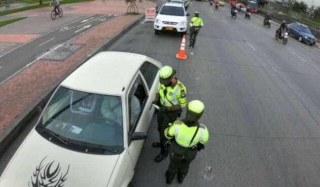 Multas a infractores - pico y placa en Bogotá - Policía de Tránsito