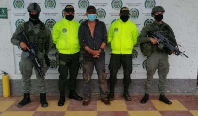 Capturado presunto integrante de 'Los Caparros' en Antioquia