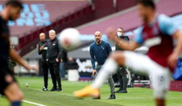 Pep Guardiola en partido Manchester City - West Ham