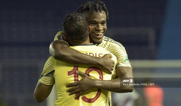 Selección Colombia: Duván Zapata y James Rodríguez