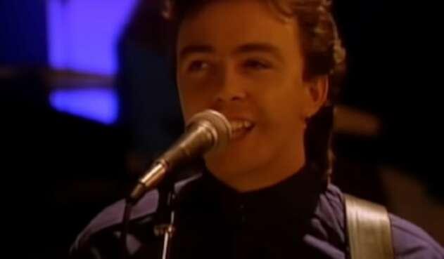 Tony Lewis, vocalista de The Outfield