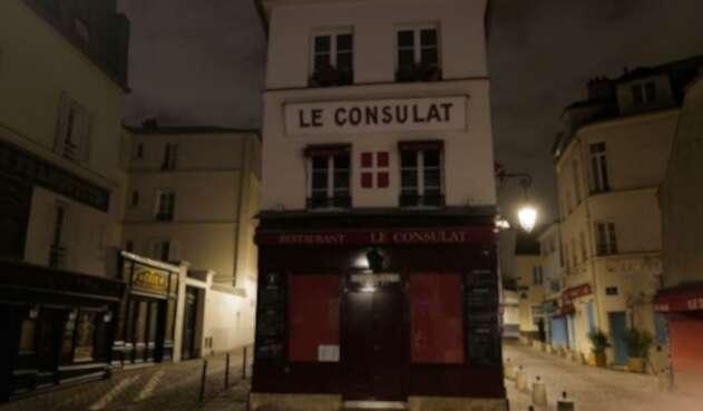 Toque de queda en París