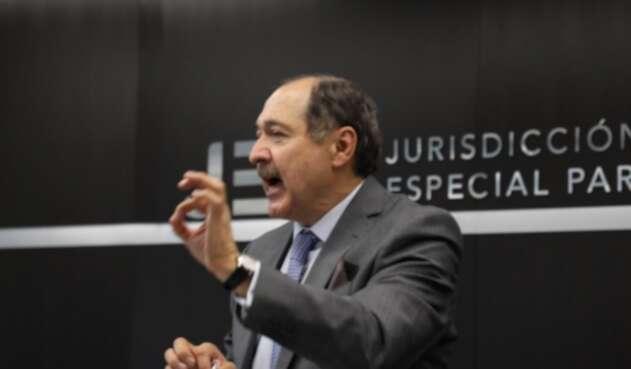 Magistrado Jep Eduardo Cifuentes