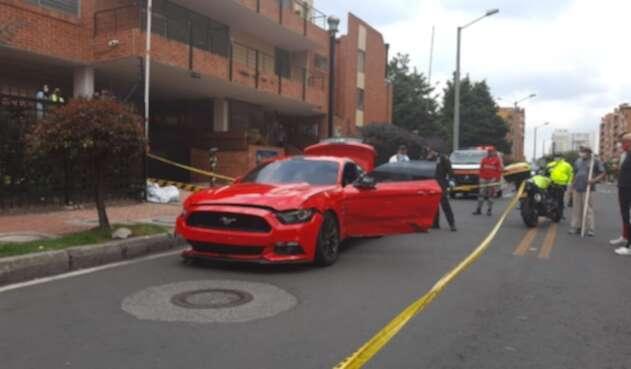 Vehículo de alta gama con el que fue atropellado un motociclista en Bogotá