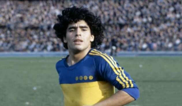 Maradona fue fichado por Boca Juniors, su primer amor