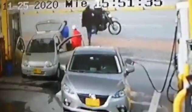 Aterradora modalidad de robo en bombas de gasolina en Bogotá
