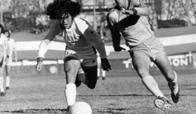 Diego Maradona debutó en Argentinos Juniors