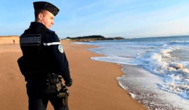 Marea blanca en costa de Francia