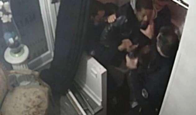 Golpiza de policías a Michel Zecler en París