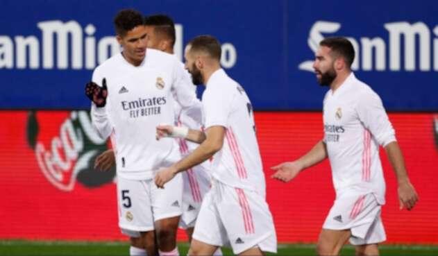 Real Madrid venció al Eibar y se acerca al liderato