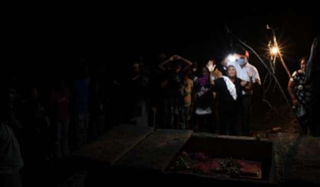 Muertos en naufragio de embarcación con migrantes venezolanos