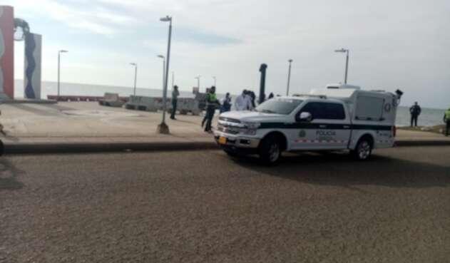 Hallan el cuerpo sin vida de un hombre en playa prohibida de Cartagena
