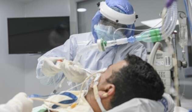 En Antioquia se mantiene la alerta roja hospitalaria por la alta ocupación UCI.