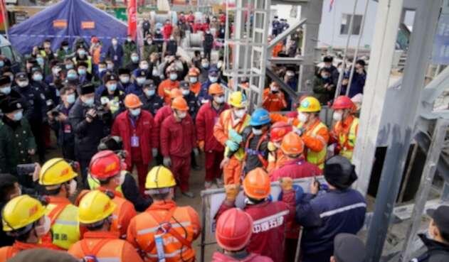 Rescate de mineros atrapados en China