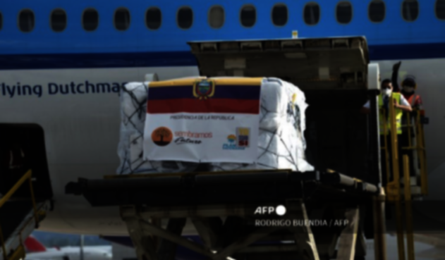 Vacunas de Pfizer llegan a Ecuador