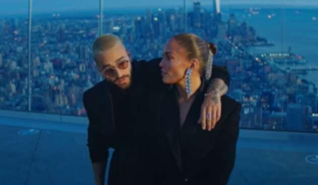Maluma y Jennifer López en su video Pa' Ti