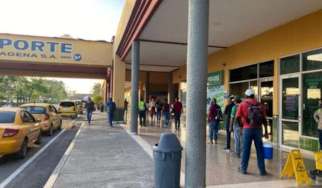 Falleció mujer extranjera en la terminal de transportes de Cartagena