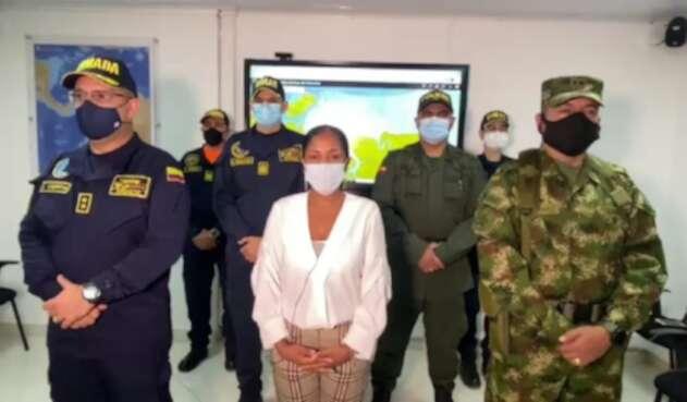 Alcaldesa de Tumaco y Autoridades Militares en el Puerto