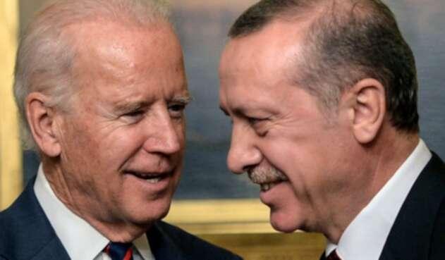Joe Biden y Recep Tayyip Erdogan en una reunión en 2014