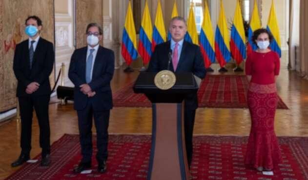 Mauricio Villamizar yViviana Taboada, nuevos codirectores del Banco de la República
