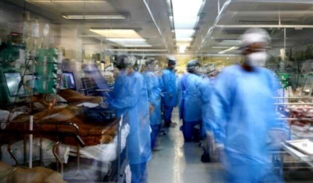 Coronavirus en Brasil tiene colapsados los hospitales.