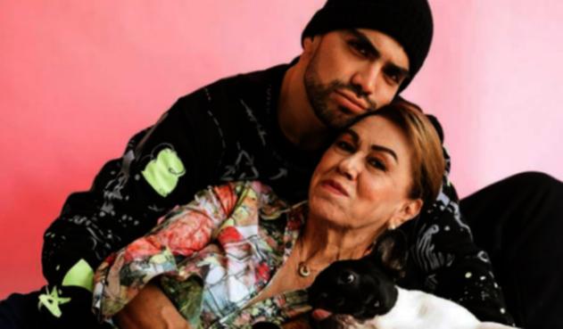 Isaac Carvajal y su abuela 'Celi'