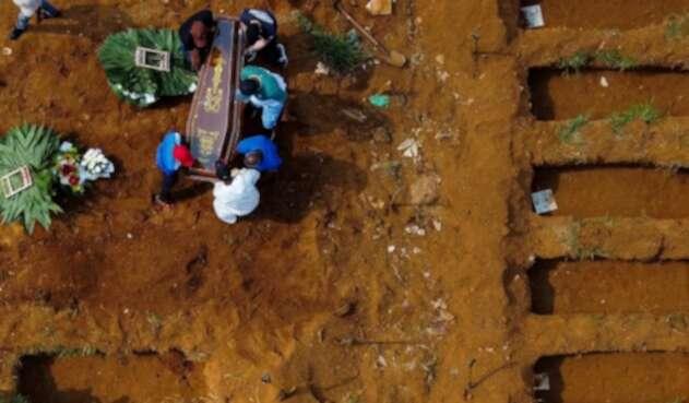 Muertos por covid-19 en Sao Paulo, Brasil