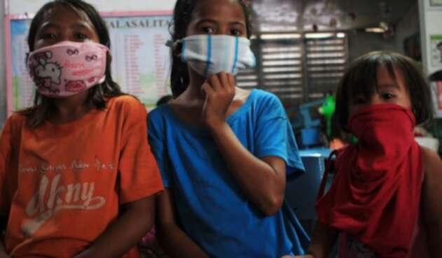 Niños en Filipinas, de nuevo a cuarentena