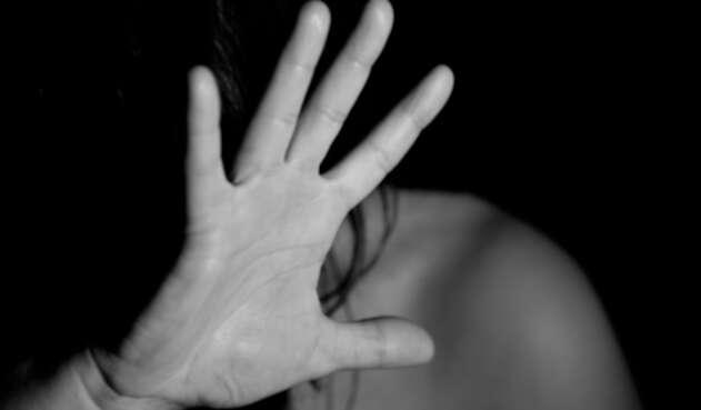 Abuso a una mujer en Embajada de Caracas en Grecia.