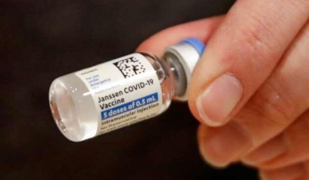Vacuna de Janssen solo requiere de una dosis