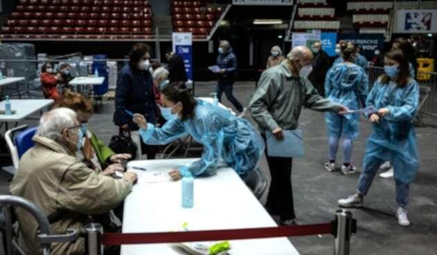 Vacunación contra covid-19 en Francia