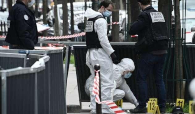 Tiroteo frente a un hospital de París