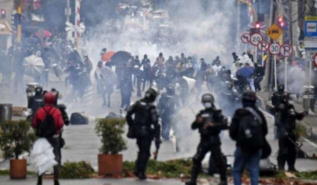 Disturbios en las protestas contra la reforma tributaria