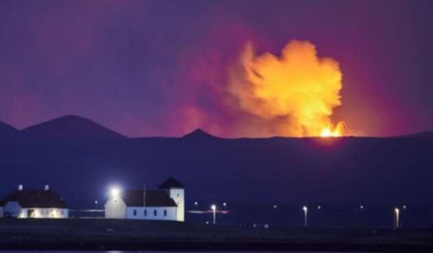 Geiser de lava en Islandia