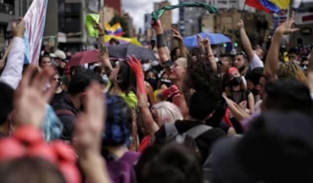 Protestas en Bogotá se concentraron en monumento de Los Héroes en Bogotá