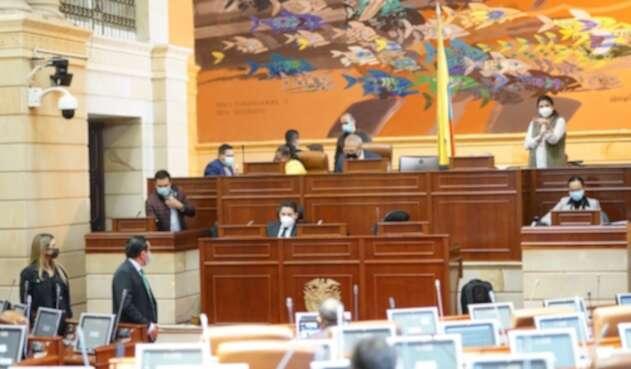 Cámara de Representante en sesión permanente