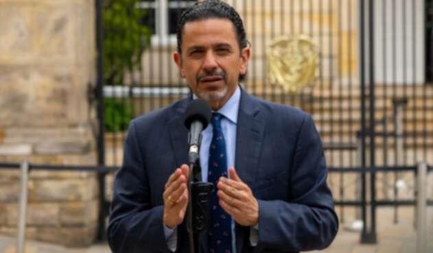 El Alto Comisionado para la Paz, Miguel Ceballos