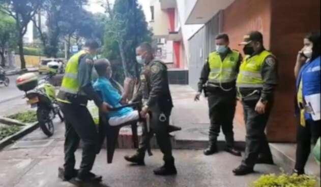 El traslado lo realizaron personas de la Policía y la Comisaría