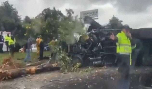 Accidente en la vía Chía-Cajicá dejó varios heridos