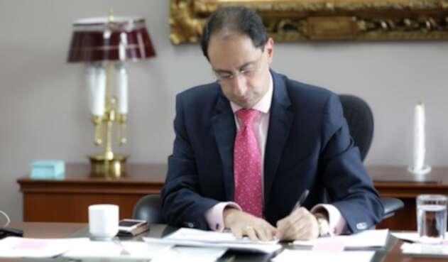 José Manuel Restrepo, ministro de Hacienda