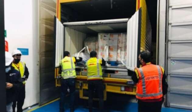 Vacunas de Sinovac llegan a Colombia