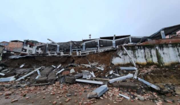 Plaza de mercado de Ubalá, Cundinamarca, desplomada
