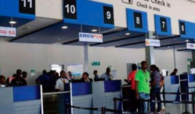 Aeropuerto-El-Caraño.jpg