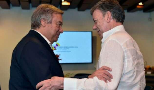 Antionio-Guterres-Juan-Manuel-Sanots-LA-Fm-Presidencia.jpg