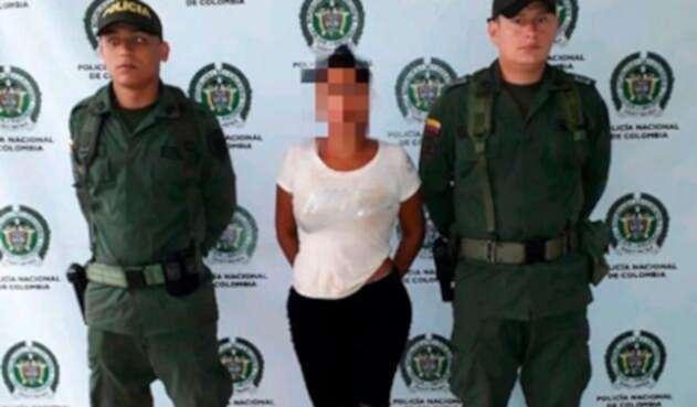 Arresto-mujer-que-atacó-a-su-hijo-con-pico-de-botella.jpg